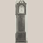 Fig. 29: Tall case clock with case attributed to Walter Bowie (1790–1853), 1810–1820, Port Royal, VA and movement by John Weidemeyer (w.c.1800–1822), 1800–1820, Fredericksburg, VA. Mahogany with yellow pine and white pine; HOA: 93-3/4″, WOA: 21-7/8″ (hood), DOA: 11-7/8″ (hood). Private collection; MESDA Object Database File S-5002.