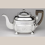 "Fig. 22: Teapot marked by Asa Blanchard (with manufacturer mark of John McMullin, Philadelphia, PA), 1815-1820, Lexington, KY. Silver; HOA: 6-1/2"". Private Collection; Photograph courtesy of the Kentucky Online Arts Resource (The Speed Art Museum), 2011.34.28. Photograph by Bill Roughen."