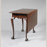 "Fig. 17: Bedroom table (or single-leaf table) attributed to Nathanial Gould, ca. 1761–1782, Salem, Massachusetts. Mahogany; HOA: 27-5/8"", WOA: 37"", DOA: 18-3/8"" (closed); 35-5/8"" (open). Private collection, photograph courtesy Northeast Auctions, Portsmouth, New Hampshire."