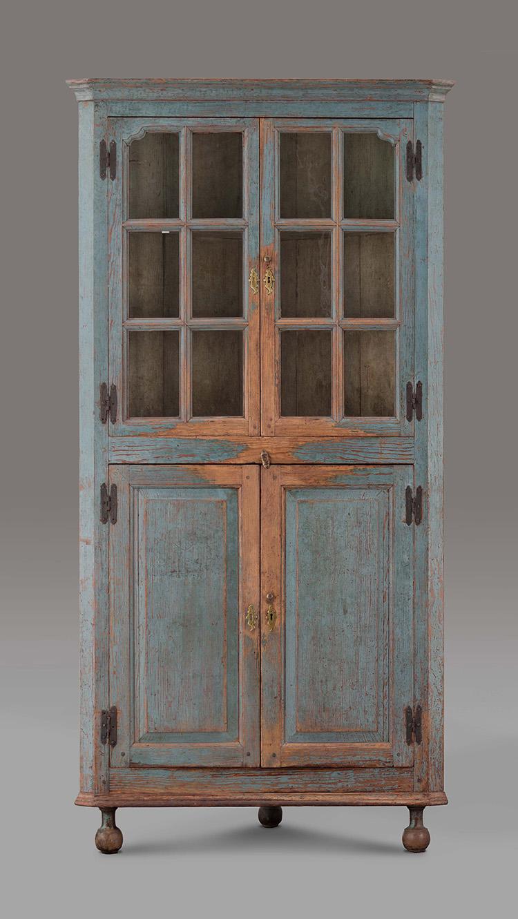 5: Corner Cupboard, 1735 1745, Tidewater VA. Yellow Pine